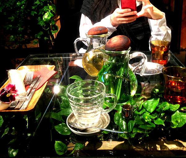 花屋ランチ♪青山フラワーマーケットの花屋カフェにいってみた。